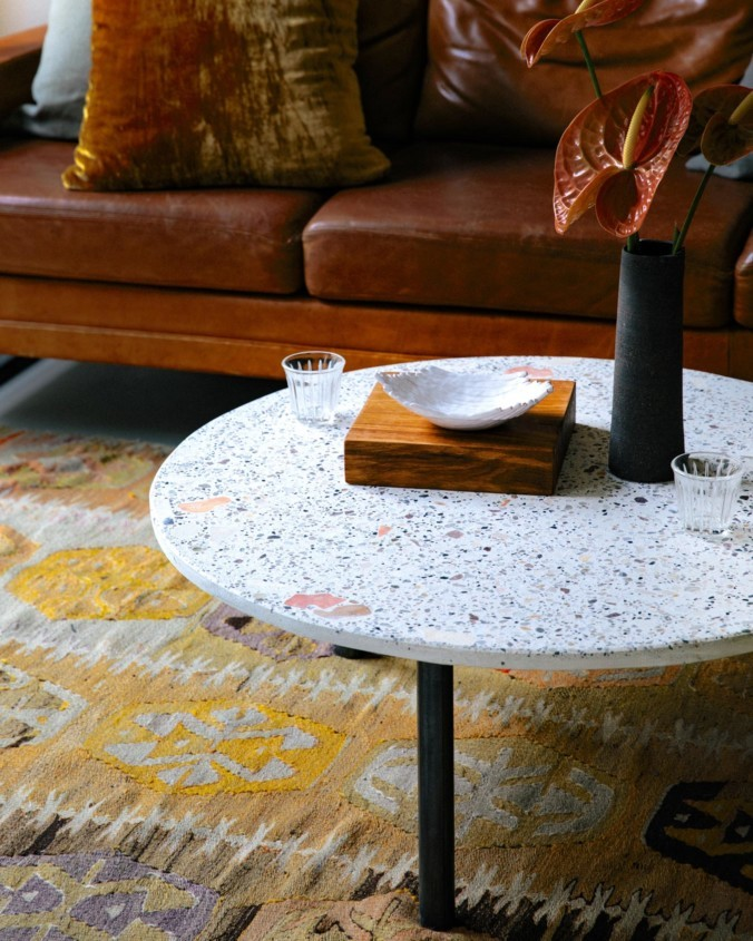 kentholz-coffee-tables